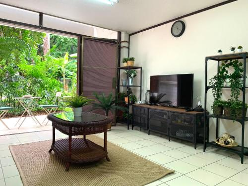 Cozy home in the garden,Central BKK,2mins to BTS Cozy home in the garden,Central BKK,2mins to BTS