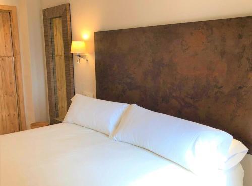 Habitación Superior - 1 cama grande Chillout Hotel Tres Mares 1