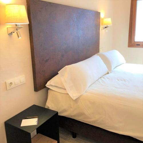Habitación Superior - 1 cama grande Chillout Hotel Tres Mares 6