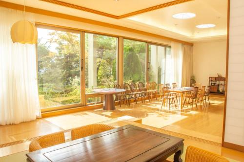 Yunokawa Hotel Condominium -Hot Spring with in-