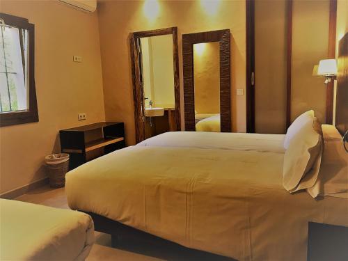 Habitación Triple Chillout Hotel Tres Mares 6