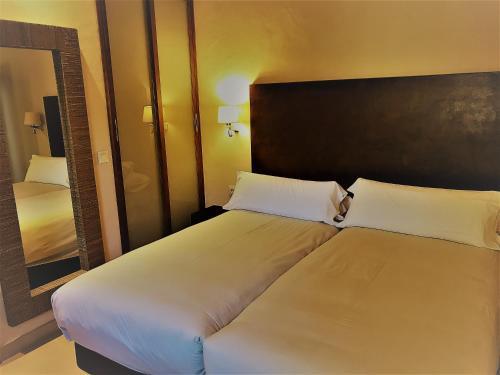 Habitación Triple Chillout Hotel Tres Mares 7