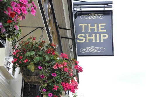 The Ship Inn - Photo 6 of 23