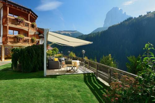 Residence Sovara - Accommodation - Santa Cristina in Val Gardena