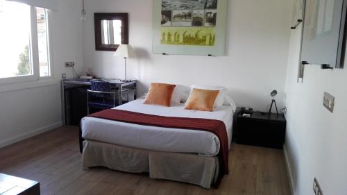 Double Room Hotel Monument Mas Passamaner 1