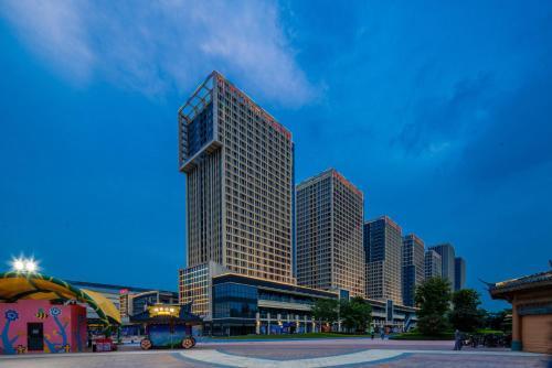 . Floral Hotel · Frozen Adventure Guangzhou