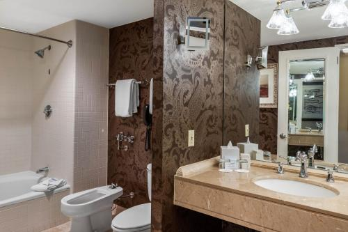 Omni Houston Hotel - image 5
