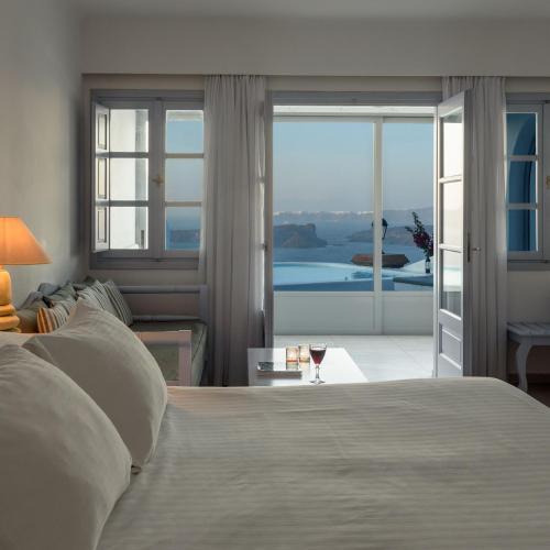 . Maison Des Lys - Luxury Suites