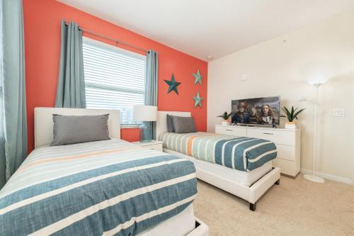 Amazing 3 bedroom condo with Star Wars bedroom - image 5