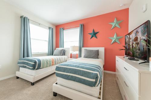 Amazing 3 bedroom condo with Star Wars bedroom - image 8