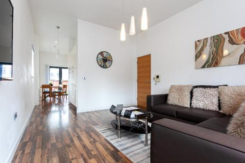 . Dreamhouse Apartments Manchester City West