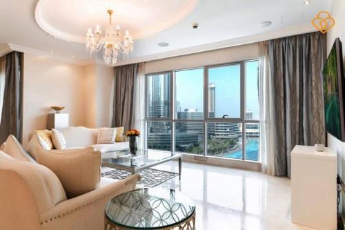 Keysplease Exclusive Gold Plated 3B/R Full Burj Views Downtown - image 2