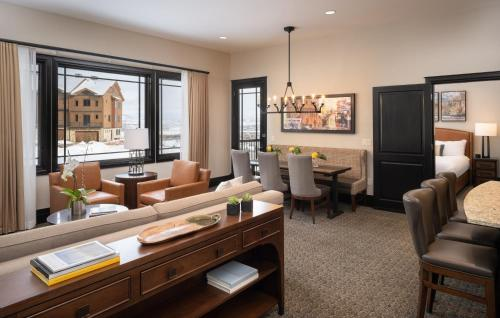 Two-Bedroom Superior Suite