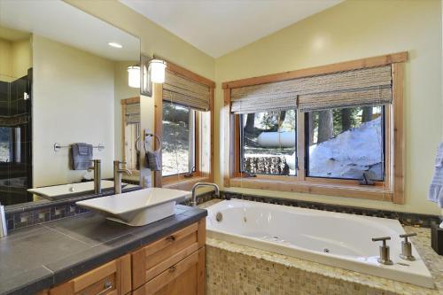 Deer Park Alpine Getaway - Apartment - Alpine Meadows