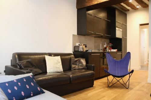 Lovely equipped apartment in the MARAIS