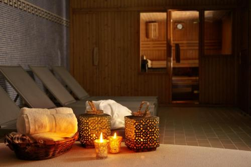 Double or Twin Room with Spa Access Hotel Xalet Montana 3