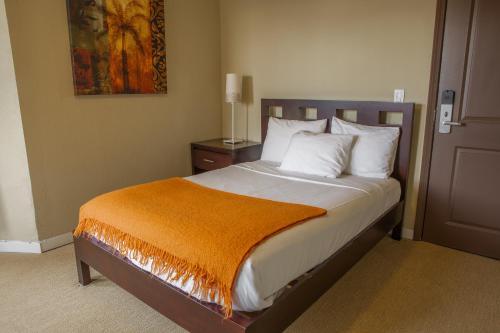 Casa Loma Hotel - image 6