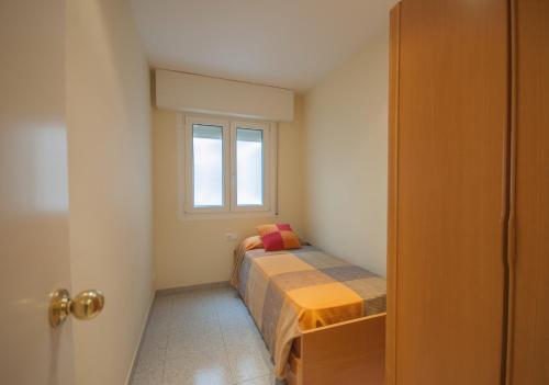Lets Holidays tropicana apartment 4