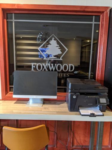 Foxwood Inn & Suites Drayton Valley - Drayton Valley, AB T7A 1S1