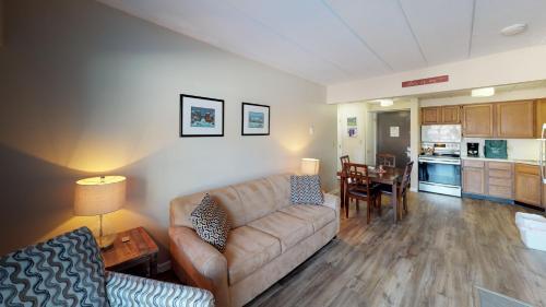 Mountain Green, Condos at Killington - Apartment