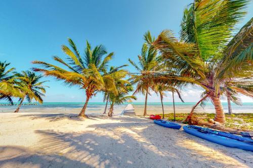 . Blue Water Beach Villas
