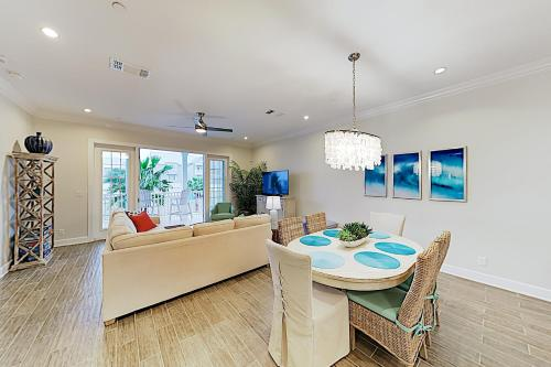 New Listing! Luxe Resort Escape: Pool Golf Beach condo - image 8
