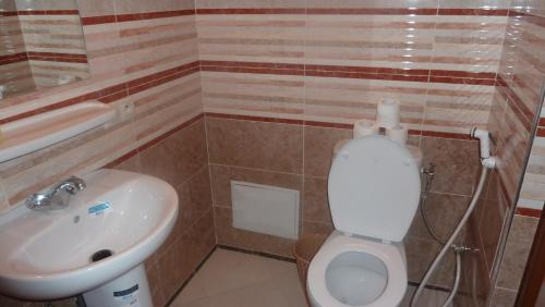 Camera Matrimoniale Standard con Bagno  (Standard Double Room with Bathroom)
