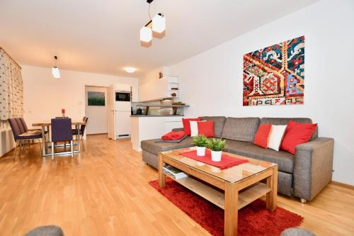Apartment Mountain Panorama by Z-K-H Rentals Zell am See