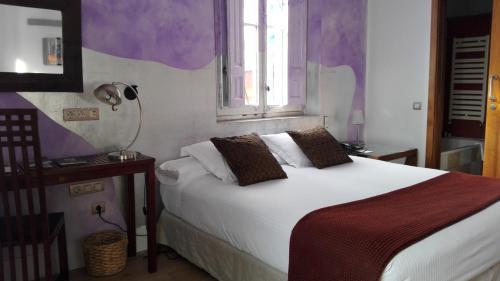Double Room Hotel Monument Mas Passamaner 5