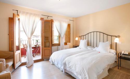 Habitación Doble Superior Hotel Rincon de Traspalacio 5