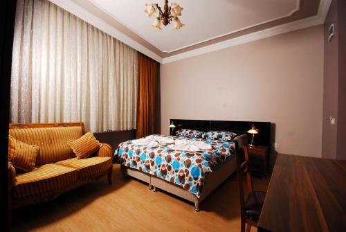 Subrosa  Istanbul, Pension in Istanbul