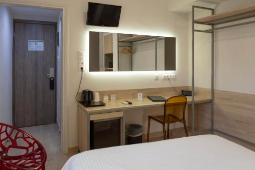 Pan , Pension in Athen