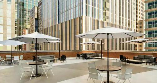 Hilton Grand Vacations Chicago Downtown Magnificent Mile Main image 2