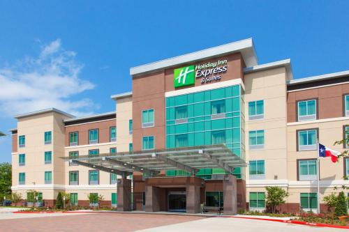 . Holiday Inn Express & Suites Houston SW - Medical Ctr Area, an IHG Hotel