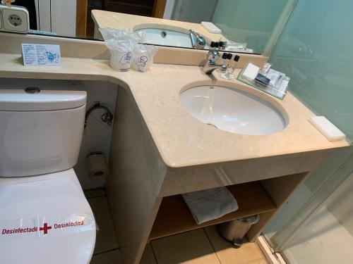 Habitación Doble Estándar con ducha - Uso individual Posada Real La Carteria 16