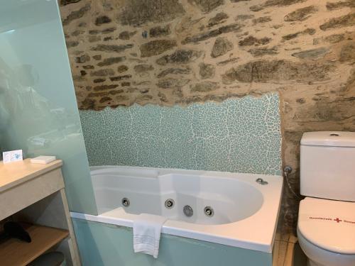 Suite con bañera de hidromasaje - Uso individual Posada Real La Carteria 29