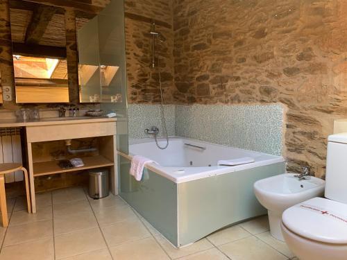 Suite Deluxe con bañera de hidromasaje - Uso individual Posada Real La Carteria 7