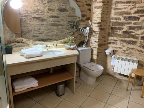 Habitación Doble con bañera - 2 camas - Uso individual Posada Real La Carteria 3