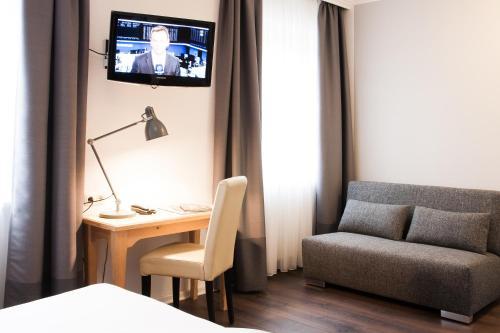 Hotel Villa Solln photo 8