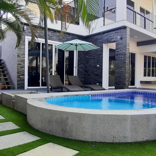 Panda Pool Villa Modern RM45 Panda Pool Villa Modern RM45