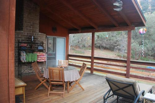 Sunny Pines Cottage - Mariposa