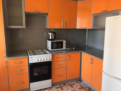 Апартаменты VipHouse Октября проспект, 89