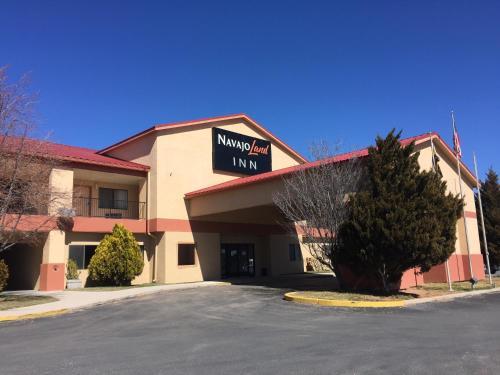 . NavajoLand Inn