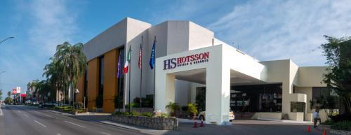 . HS HOTSSON Hotel Tampico