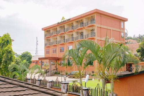A'lure Hotel & Suites