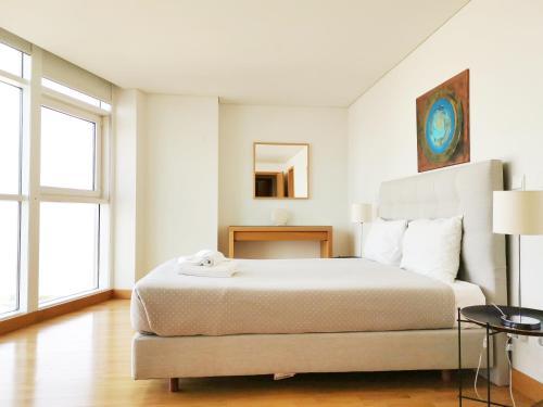 Parque Nacoes Prime Apartments - Photo 6 of 80