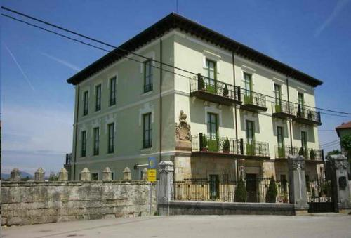 Accommodation in Colindres