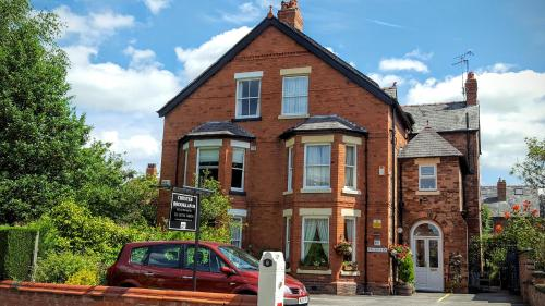 Chester Brooklands Bed & Breakfast