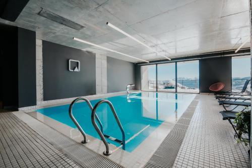 __{offers.Best_flights}__ Quadrum Hotel