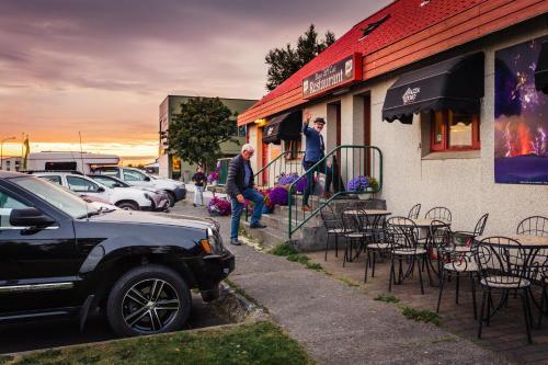 Eldstó Art Café Guesthouse - Photo 3 of 50